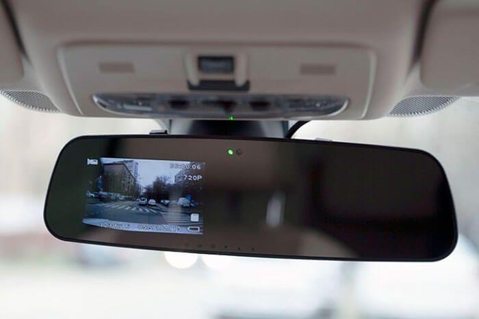 kupit-ustanovit-kameru-zadnego-vida (1)